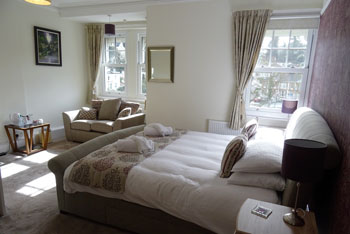 Ravenswood B&B Torquay Superior King Size Room